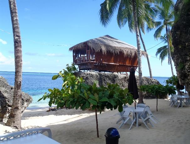 About Voda Krasna Beach Resort