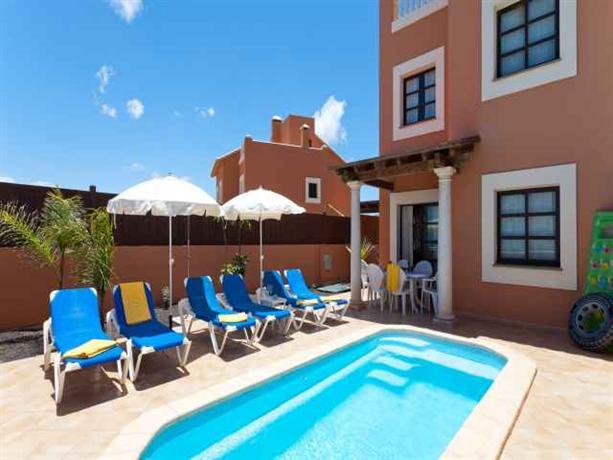Corralejo villas fuerteventura compare deals for Villas fuerteventura