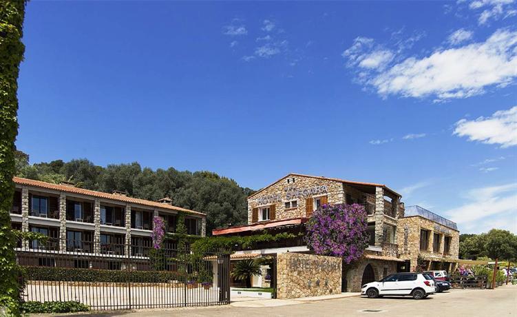 Hotel shegara porto vecchio compare deals for Hotels porto vecchio