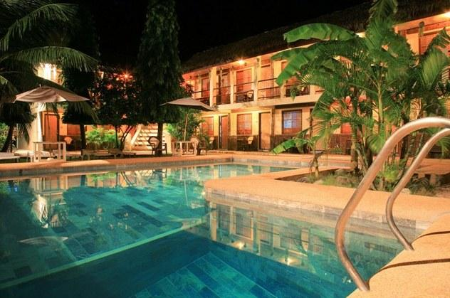 Guest Friendly Hotels in Puerto Galera - LaLaguna Beach Club & Dive Centre Puerto Galera