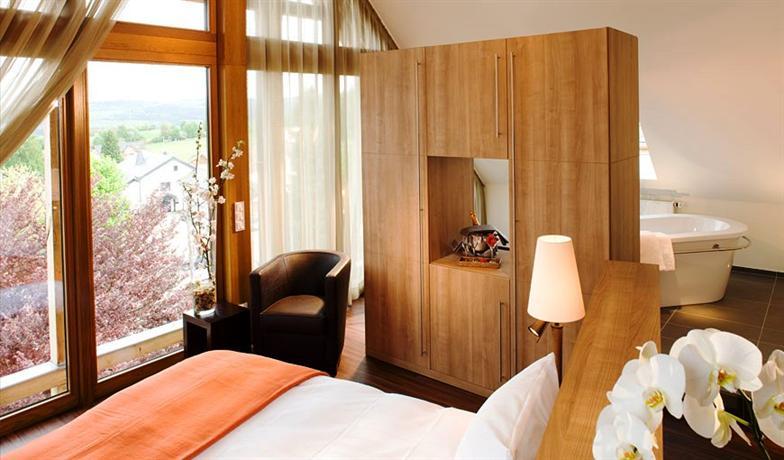 kloster hotel marienhoh hideaway spa langweiler compare deals. Black Bedroom Furniture Sets. Home Design Ideas