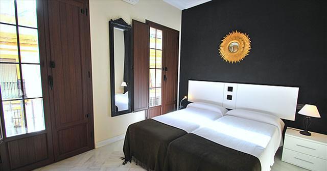 Apartamentos Living-Sevilla Jerez