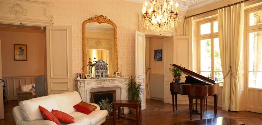 Sennecey Le Grand Hotel
