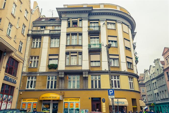 Retro Hostel Poznan