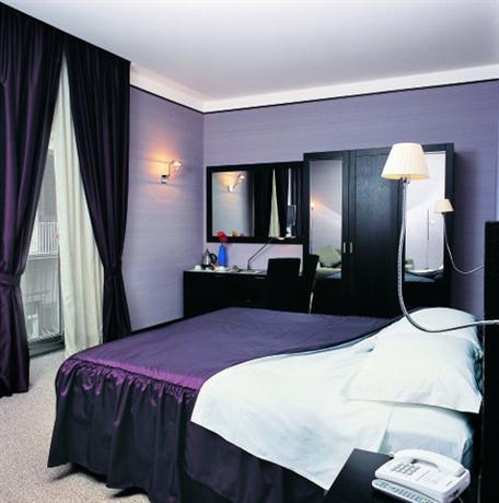 Mh design hotel naples compare deals for Design hotel naples italy