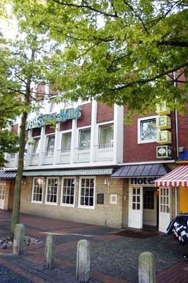 Hotel Deutsches Haus Emden Compare Deals