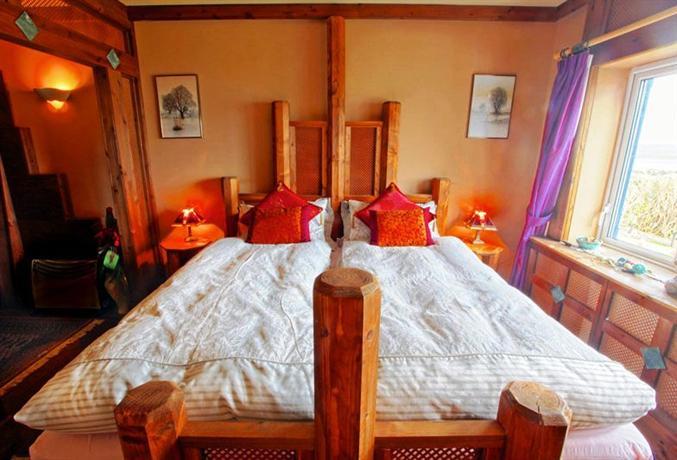 Ferndale luxury boutique bed breakfast keel compare deals for Boutique bed breakfast