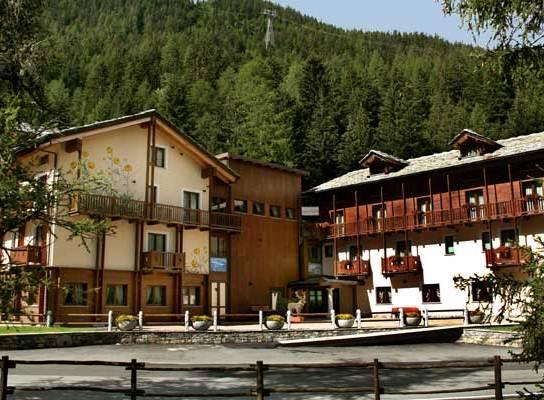Find Hotel in Cascate del Rutor - Hotel deals and discounts | FindHotel