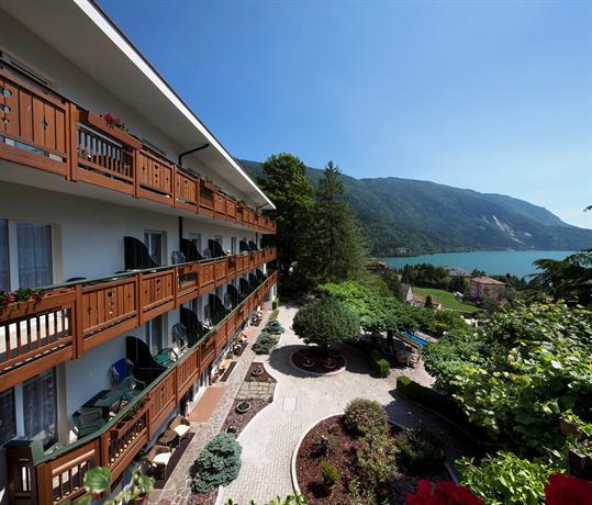 Hotel miralago molveno offerte in corso - Hotel a molveno con piscina ...