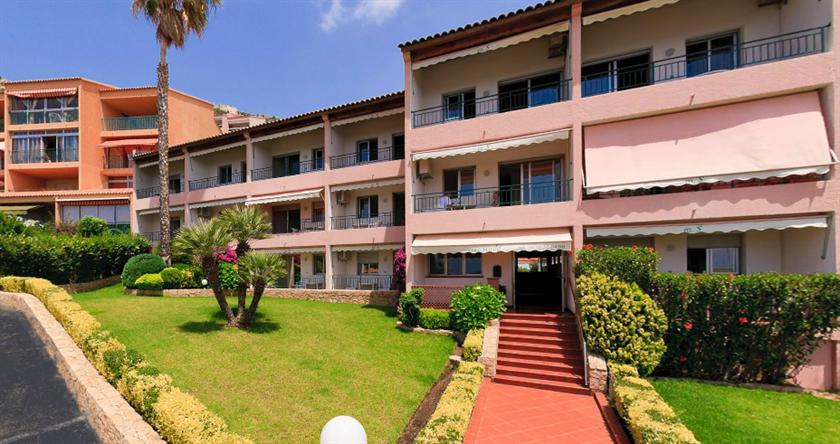 Residence hoteliere scudo ajaccio offerte in corso for Residence hoteliere