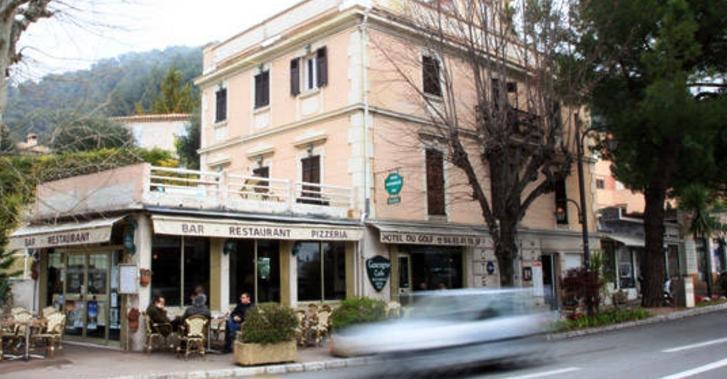 Hotel du golf eze compare deals for Cafe du jardin eze