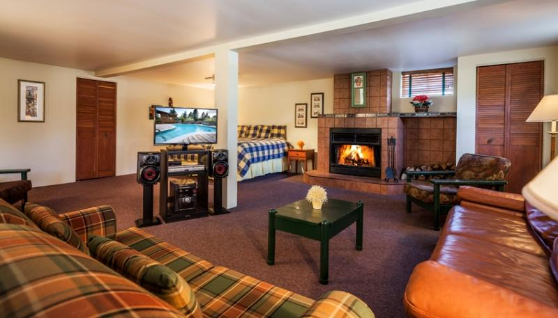 Hotel Vieux Foyer : Auberge du vieux foyer val david compare deals