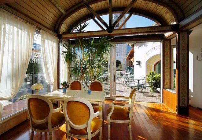 Hotel ancora cortina d 39 ampezzo compare deals for Ancora hotel