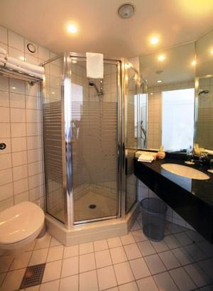 Singapore Endingen hotel kaiserstuhl betriebsgesellschaft endingen compare deals