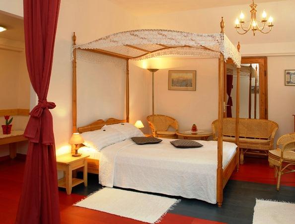 Hotel Rosinante Country Inn