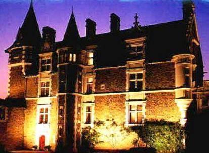 Chateau de la colaissiere saint sauveur de landemont for Chateau de la colaissiere