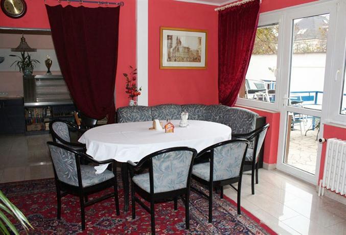 hotel villa mansland prague