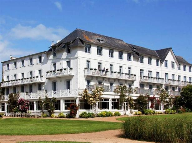 Grand hotel des bains locquirec compare deals for Grand hotel des bain