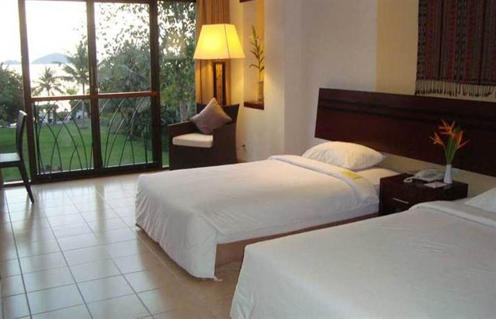 Hotel bintang flores island labuhanbajo compare deals for Design hotel bintang 3