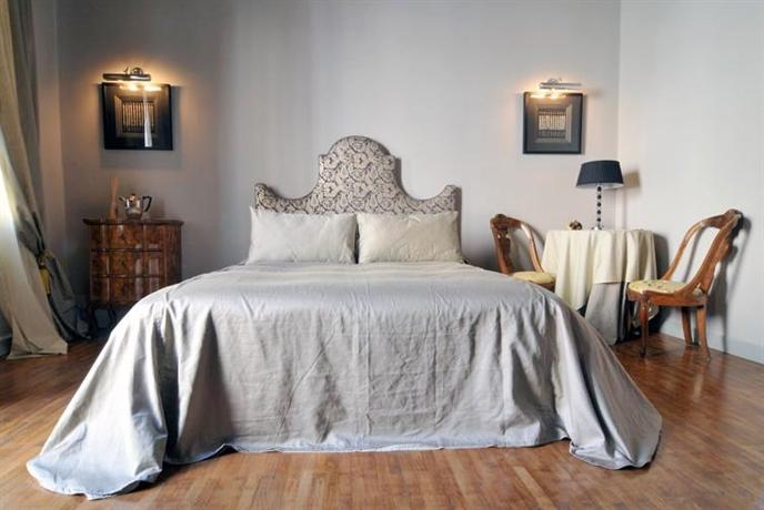 gio gio bed and breakfast venice compare deals. Black Bedroom Furniture Sets. Home Design Ideas