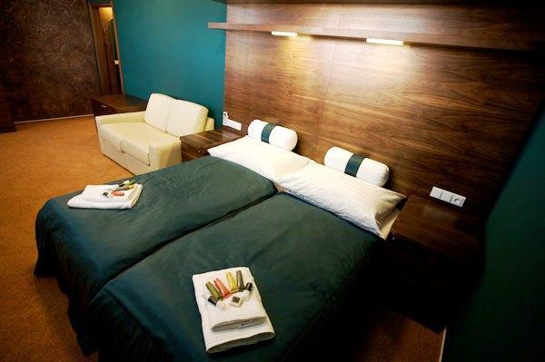 Restaurant design hotel noem arch brno compare deals for Design hotel noem arch