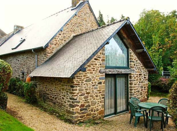 Holiday House 37 Rue de l'Abbaye Combourg