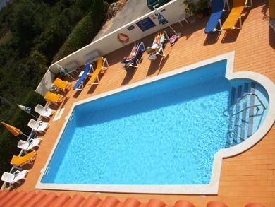 Villa welwitshia mirabilis lagoa compare ofertas - Villa mirabilis piscina ...