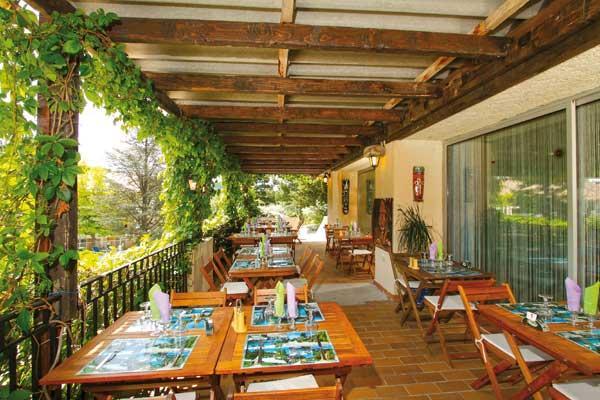hotel restaurant l ermitage les salles sur verdon compare deals