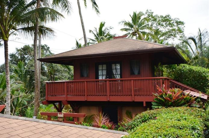 The bali house bali cottage at kehena beach compare deals for Cottage bali