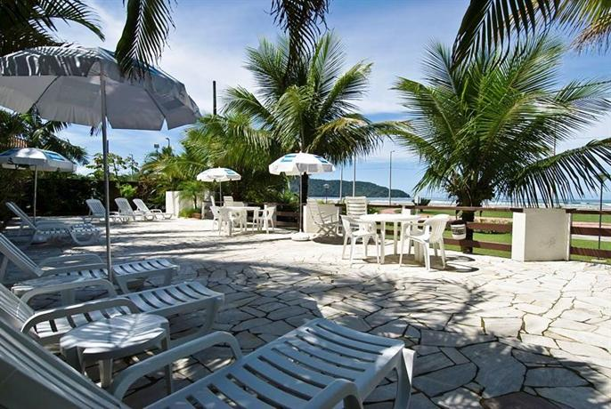 Apart hotel porto kanoas bertioga compare deals for Appart hotel porto
