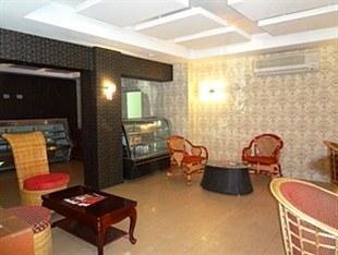 Omar El Khayam Al Minya Hotel, Egypt - Booking.com