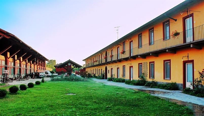 Mediglia Italy  city photos gallery : Cascina Maiocca, Mediglia Compare Deals