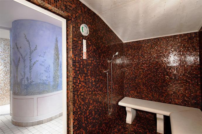 Hotel garni laura livinallongo del col di lana compare - Sauna bagno turco differenza ...
