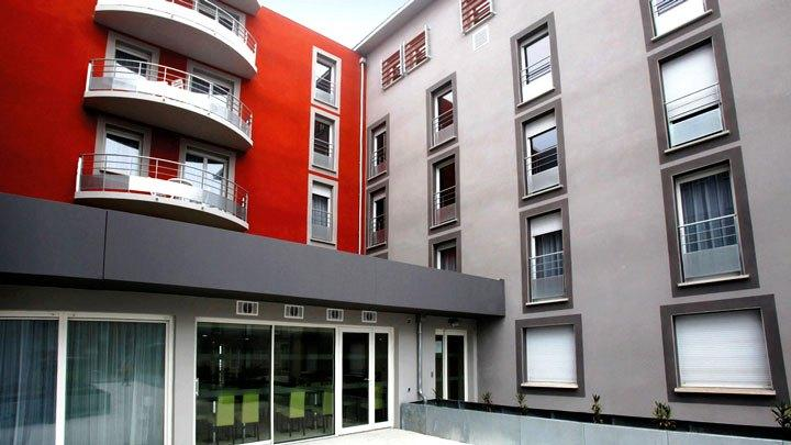 Appart 39 city toulouse l 39 hers compare deals for Appart hotel toulouse