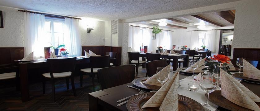 dahlbrucher hof hilchenbach offerte in corso. Black Bedroom Furniture Sets. Home Design Ideas