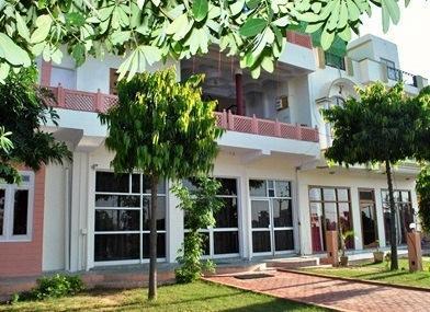 La Nature Hotel