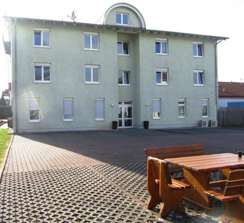 Hotel Zum Goldenen Boden