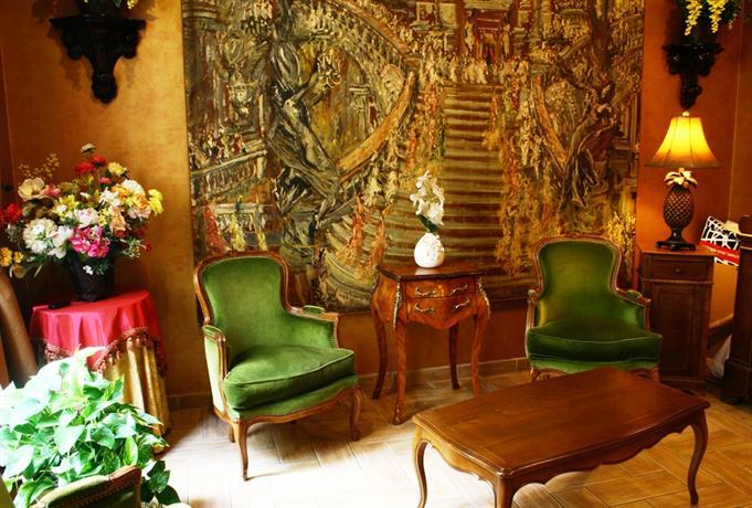 Hotel Des Arts Cite Bergere Paris Compare Deals
