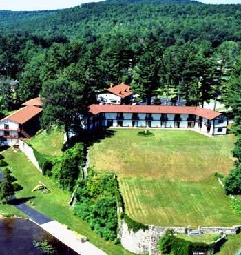 Melody Manor Resort