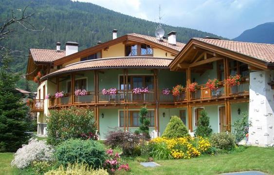 Residence il giardino croviana compare deals - Residence il giardino bellaria ...