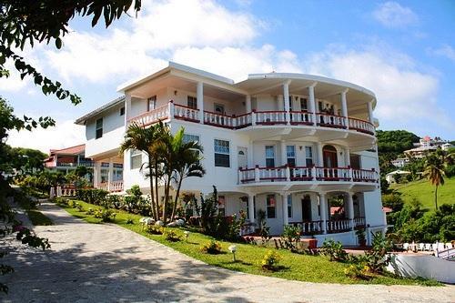 Hotel Foyer Saint Vincent : Hotel alexandrina kingstown compare deals