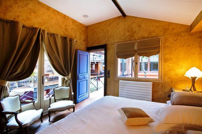 le loft d 39 isabelle courbevoie compare deals. Black Bedroom Furniture Sets. Home Design Ideas