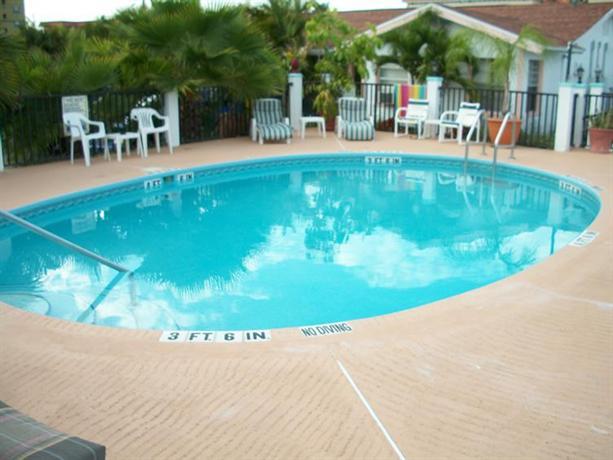 Sand vista vacation rentals redington shores offerte in for Cabin cabin in wisconsin dells con piscina all aperto