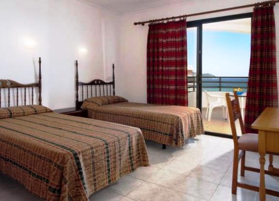 midas apartments cala millor compare deals. Black Bedroom Furniture Sets. Home Design Ideas