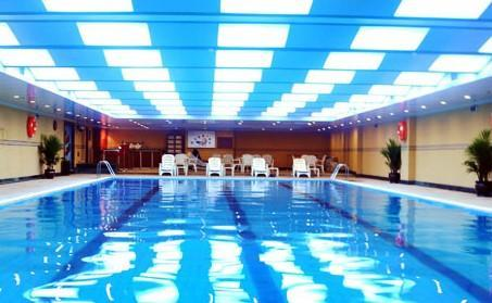 East lake hotel hotels wuhan for Piscine quartier chine