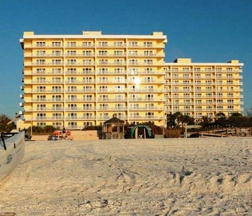 The Charter Club Of Marco Beach Marco Island Compare Deals