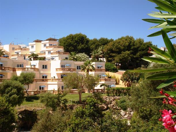 Apartamentos azul playa cala d 39 or compare deals for Apartamentos playa azul