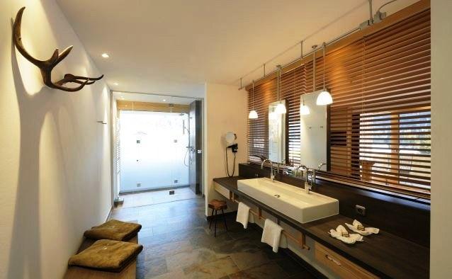 Hubertus alpin lodge spa balderschwang compare deals for Designhotel hubertus alpin lodge spa