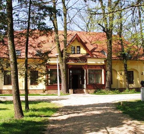 Villa Hotel Debrecen