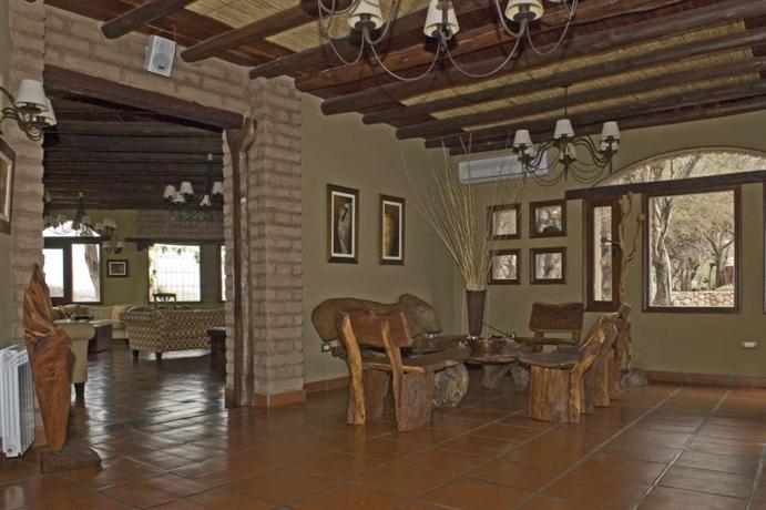 La casa de la bodega wine boutique hotel cafayate for Hotel la bodega